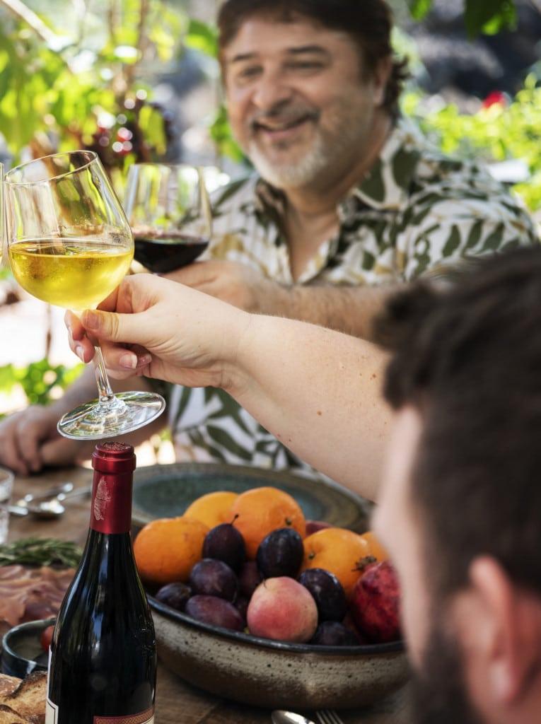 Italiener genießen Wein